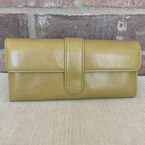 HOBO Leather Wallet - Chartreuse Green